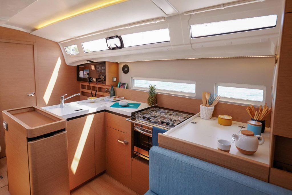 Jeanneau Sun Odyssey 410 Galley