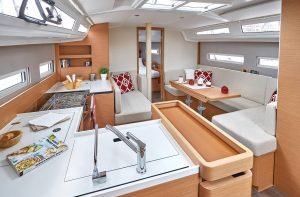Jeanneau Sun Odyssey 410 Interior
